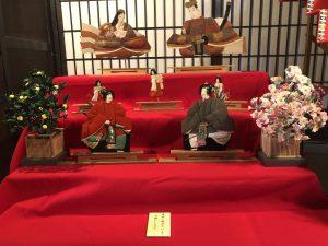 ชมการจัดแสดงตุ๊กตาสำหรับงานเทศกาลเด็กผู้หญิง (ฮินะมัตสึริ) ที่บ้านตระกูลบาบะ